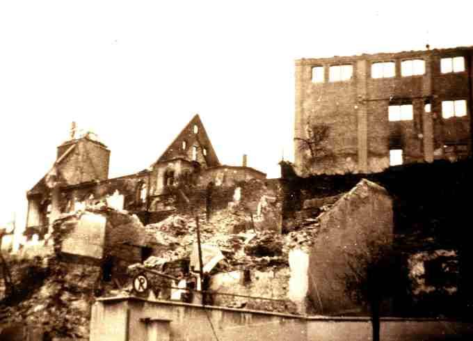 """""""Zentrum von Böblingen nach dem Bombenangriff vom 7./8. Oktober 1943."""" Date 12 October 1943  Source Foto erstellt von Ansgar Walk. Photograph by Ansgar Walk ."""